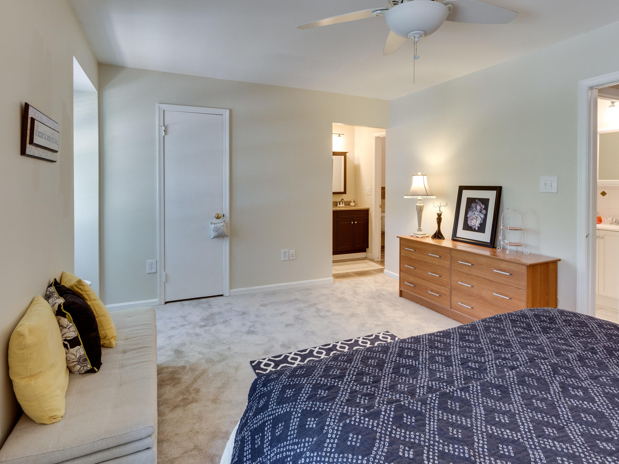 3983 Bradwater St Fairfax VA-MLS_Size-019-10-Master Bedroom-2048x1536-72dpi